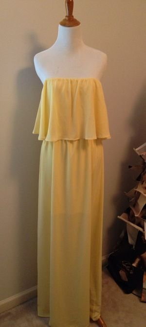 The Sunny Day Maxi dress is sure to brighten up your wardrobe.  A classic maxi dress, perfect for weddings, parties, vacations, church services, and brunch with the gal pals.  cottonandpearls.com