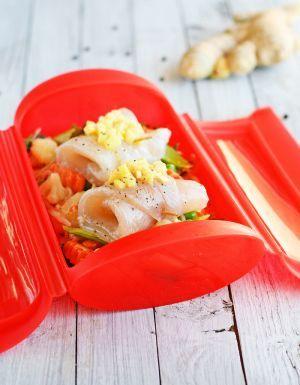Rollitos de pescado al vapor con verduras a la oriental | Recetas microondas,Recetas de pescado,Recetas de verdura,Segundos platos,Microonda...