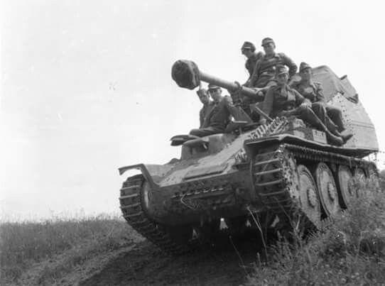 7,5cm PaK40/3 auf PzKpfw 38(t) Ausf H - Panzerjäger 38(t) mit 7,5cm PaK40/3 Ausf.M Sd.Kfz.138 Marder III   Panzerjäger 38(t) für 7,62cm PaK36(r) Sd.Kfz.139 Marder III  http://panzerwaffe.pl/krzemek/marder3.htm