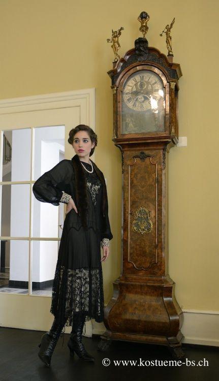30er jahre kleider damenbekleidung der 30er jahre im. Black Bedroom Furniture Sets. Home Design Ideas