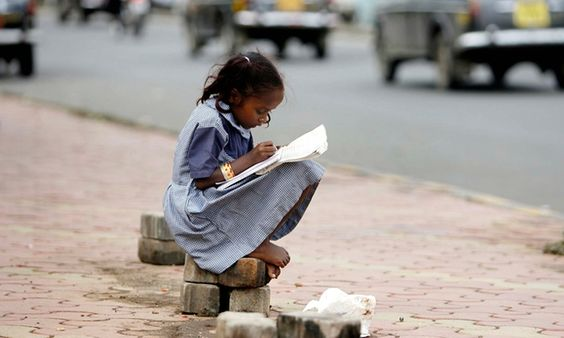 Two-thirds of world's illiterate adults are women, report finds - octobre 15