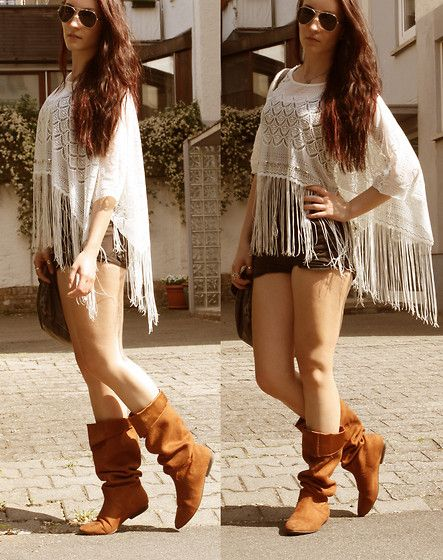 Festival Time ♥ (by Ria Ironcutter) http://lookbook.nu/look/3563283-Hot-Pants-Boots-Primark-Sunglasses-Festival-Time