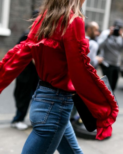 ☆☆☆☆ anna spring. Street style. Red blouse