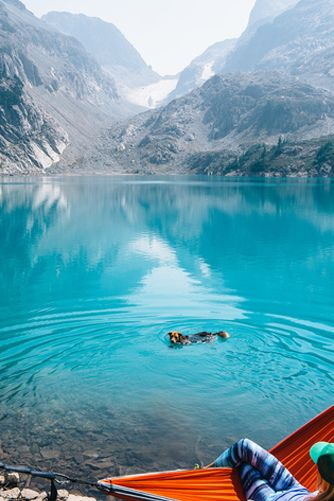 WASHINGTON: JADE LAKE An easy hike from the Pacific Crest Trail will bring you…