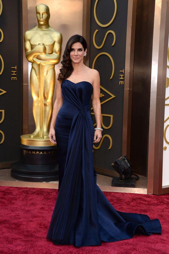 Sandra Bullock in Alexander McQueen #Oscars2014 #redcarpet