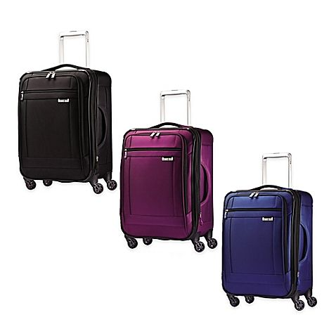 An extremely lightweight and durable suitcase, the SoLyte 4-Wheel Carry On Spinner from Samsonite offers great style and the very latest technology. Features include smooth gliding 360 degree spinner wheels and an adjustable telescopic alloy pull handle.