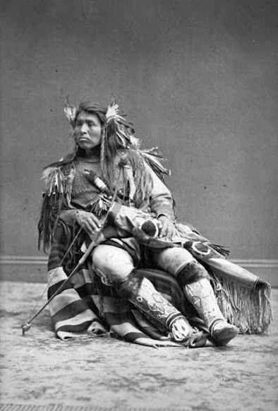 modoc indians The modoc were a hunter/gatherer tribe they lived on little klamath lake, modoc lake, tule lake, clear lake, goose lake, and in the lost river valley.