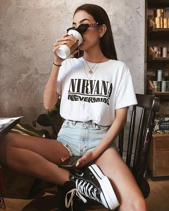 Amo sair pra tomar um café, principalmente quando eu tenho alguém pra me acompanhar e conversar sobre qualquer coisa. Tô muito feliz de ter…