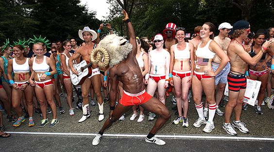 Check this out! 'Celebrate America' Underwear Run in NYC #KMOV