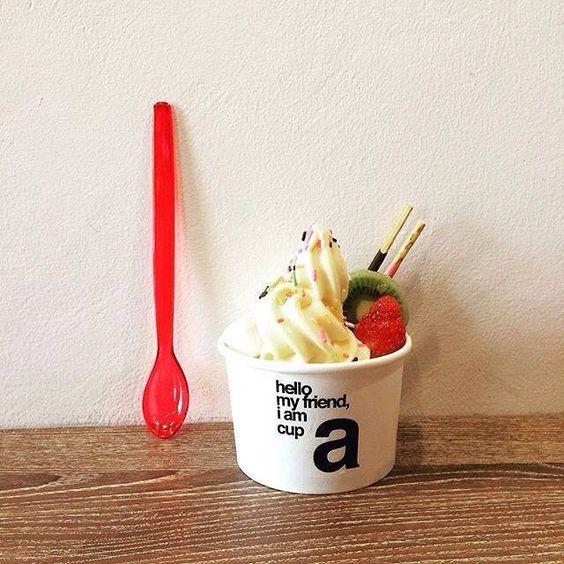 "@manycups's photo: ""... WANNA LAZY SUNDAY WITH ME? : ❤️ EAT GOOD, FEEL GOOD (Pic: Via Instagram #manycups : Thanks @misato_bangkok) ... #creative #premium #organic #frozen #yoghurt #yogurt #froyo #frozenyoghurt #happy #happiness #healthy #wanna #lazy #sunday #with #me #eat #feel #good #aroihere #teammanycups #teamdjpoom #delicious #townintown #thescene #kvillage #bangkok #thailand"""