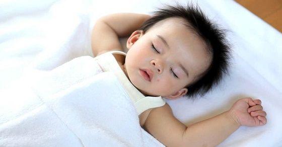 6 thói quen ngủ của trẻ và cách xử lý để bé ngủ ngon hơn