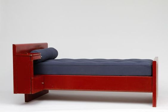 Jean Prouvé - Red Daybed - DAYBEDS - Collections - MAGEN H GALLERY