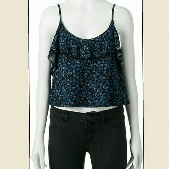 BNWT MUDD blue floral crop top tank Gorgeous! Beautiful flow to it! Very comfy tanks Mudd Tops Crop Tops