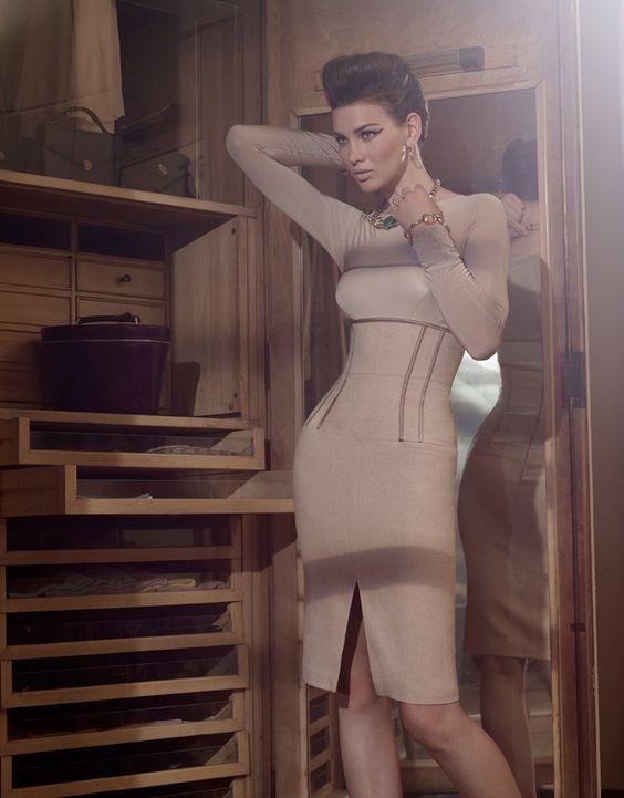 Ultra classy dress and jewerly