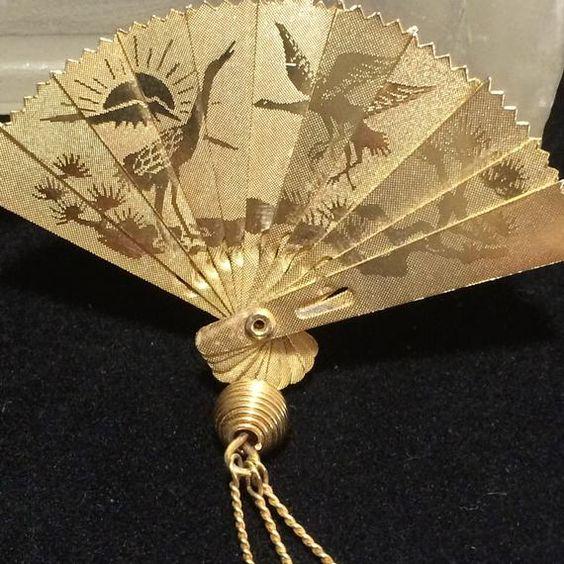 Beautiful Ornate 3-D Folding Fan Silver-tone Dangle Earrings
