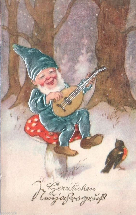 Gnome on Mushroom: