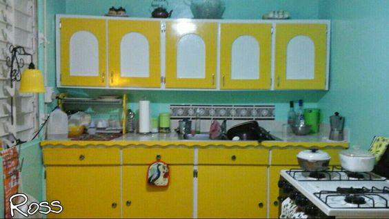 Restauración de gabinetes de más de 40 años. ¡Lucen nuevos!