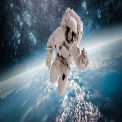 ¿Juegas a 94%? Dime palabras relacionadas con esta imagen... Imagen astronauta 94