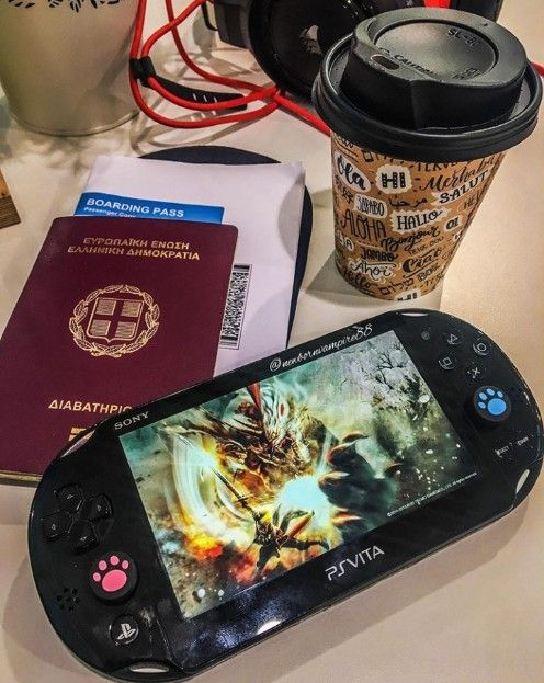 Ps Vita Slim In 2020 Nintendo Switch Accessories Ps Vita Gameboy Advance