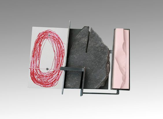 Ramon Puig Cuyàs Brooch: Metamorphic, 2016 Nickel silver, basalt, ColorCore, acrylic painting, reconstructed pink choral 8 x 6.1 x 1 cm Photo by: Ramon Puig Cuyàs: