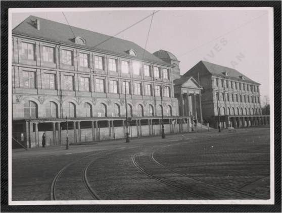 Museum Wiesbaden 1946; (Bildquelle: James J. Rorimer papers, Archives of American Art, Smithsonian Institution)