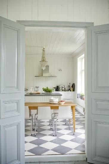 40 Beautiful European Country Kitchens Decor Inspiration