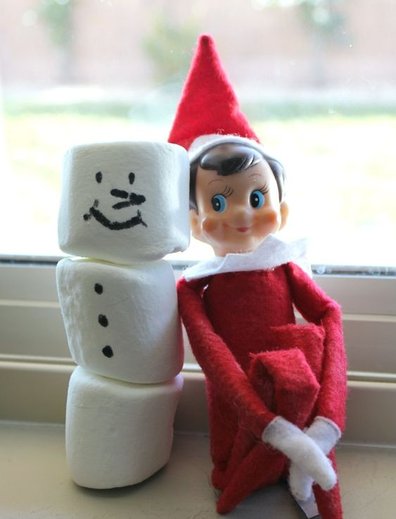 Need last minute elf on the shelf ideas? Here are 15 quick and easy ideas that will make your kids smile!