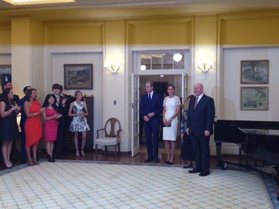 Sir Peter Cosgrove welcomes the Duke and Duchess of Cambridge. Photo: Twitter