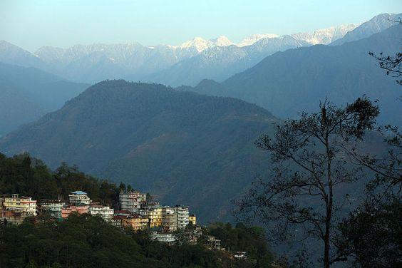 Pelling sikkim - very little known hill stn...hope it remains that way...enjoy the best view that you can get of kanchenjunga and the hospitality of the simple and warm people