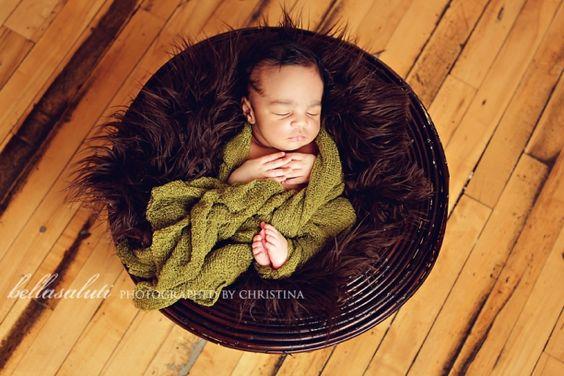 newborn-photographer-in-minneapolis    #bellasaluti