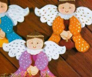 Anjos de feltro com molde
