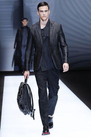 Emporio Armani SS17 Milan Fashion Show | GQ MX