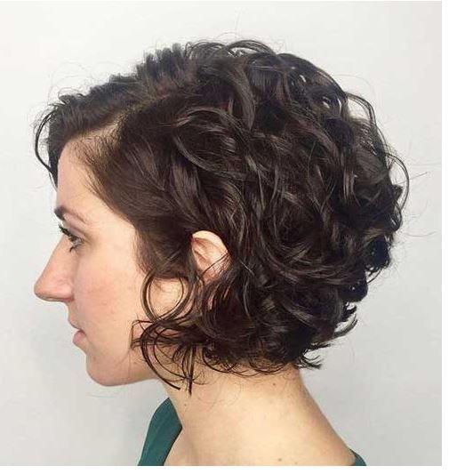 15 Lockig Bob Frisuren 2020 Haarschnitt Kurz Haarschnitt Fur Lockige Haare Haarschnitt