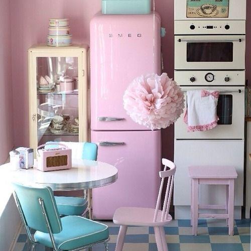 Ikea cabinet pink smeg fridge things i love - Ikea kitchenette frigo ...