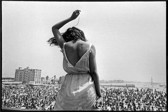 1968-Venice-Beach-Rock-fest eve arnol