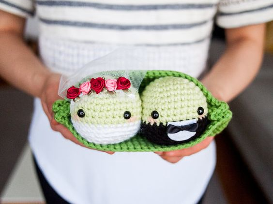 Crochet Wedding Gift: Wedding Crochet Amigurumi Peas In A Pod Couple Set By
