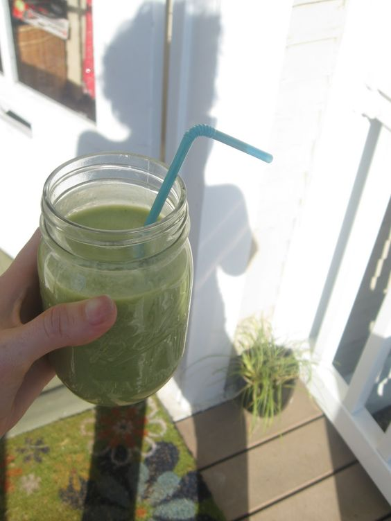 Tropical Green Salad Smoothie