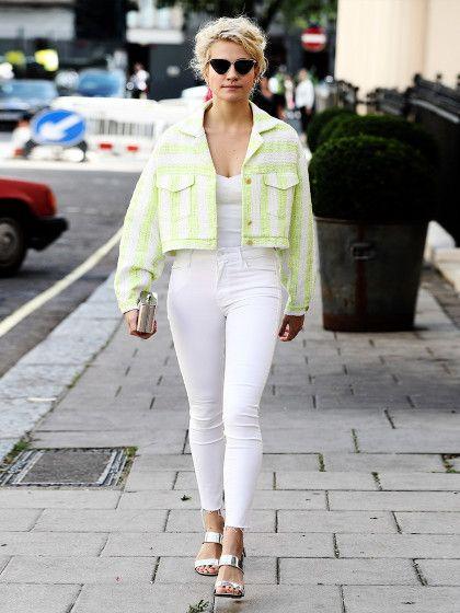 Neon-Splash bei Pixie Lott. Die Sängerin kombiniert zu einer super Skinny Jeans…