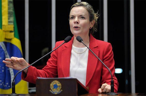 A limpeza da corrupção está sendo feita pelas instituições brasileiras. Agora foi a vez da senadora Gleisi Hoffmann, do marido, o ex-ministro do Planejamento e das Comunicações, Paulo Bernardo, e d…