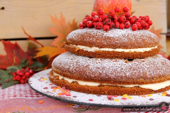 Autumn carrot cake with honey cream cheese frosting