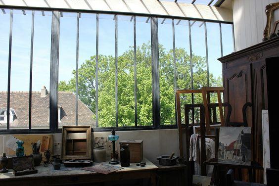 Jardins Renoir. Musée de Montmartre rue Cortot. L'atelier de Suzanne Valadon, mère de Maurice Utrillo