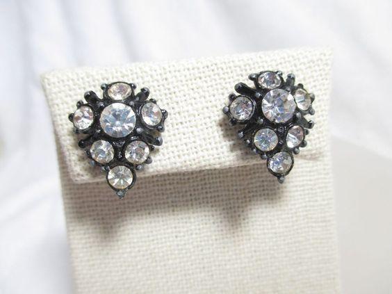 Vintage Japanned Black Tear Drop w/Clear Rhinestone Screw Back Earrings #Unbranded #Huggie
