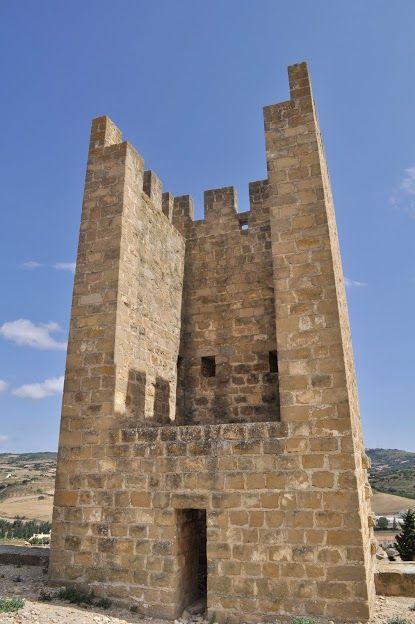 Publicamos  el Cerco Amurallado de Artajona.  #historia #turismo  http://www.rutasconhistoria.es/loc/cerco-amurallado-de-artajona