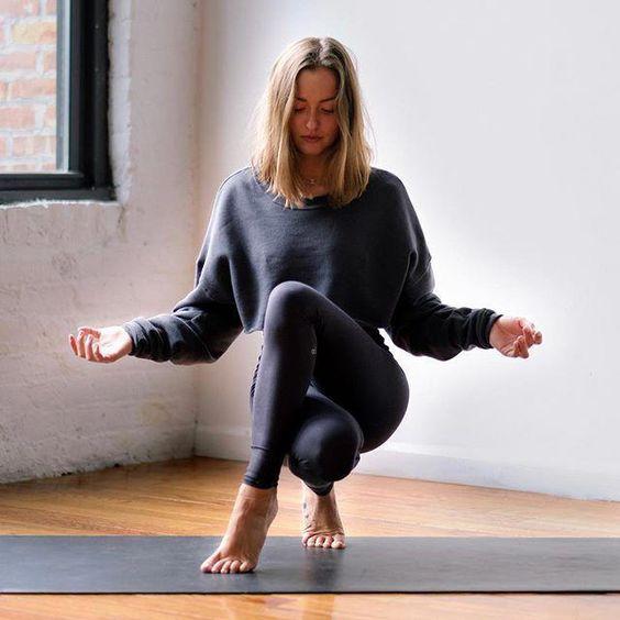 beautiful yoga poses #yogaposes