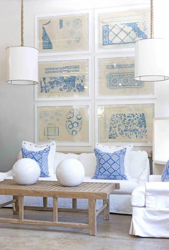 Blue and white living room slipcovered sofa from gilded for White and blue living rooms