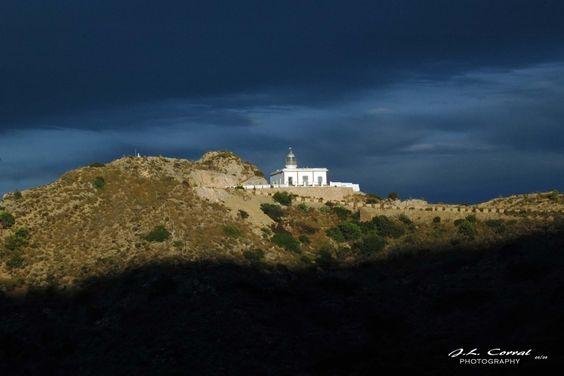 Un Faro en el Mediterraneo (A Lighthouse in the Mediterranean) by Pepe Corral, via 500px