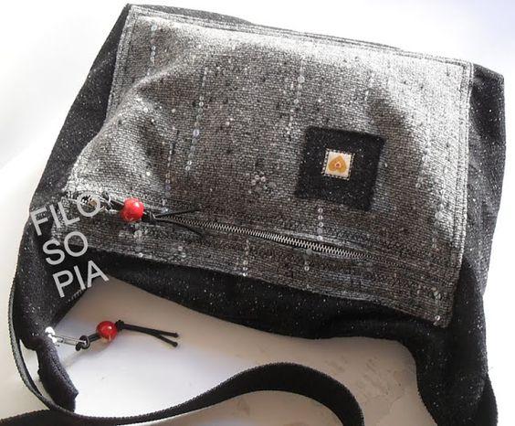 filo-so-pia: Tracolla sfoderata con zip e tasca applicata