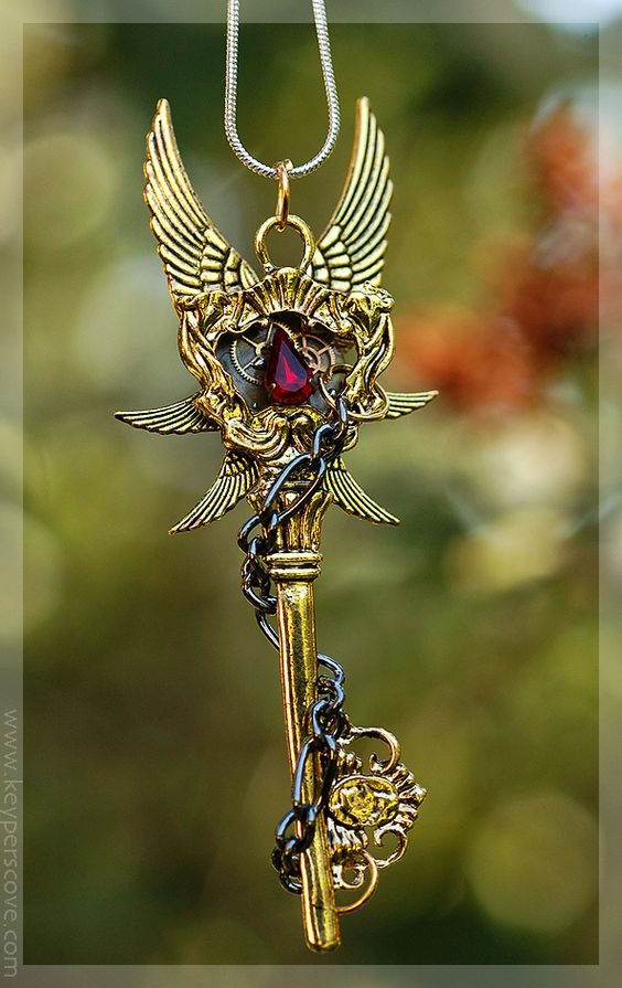 Imperial Chains Key Necklace by *KeypersCove on deviantART
