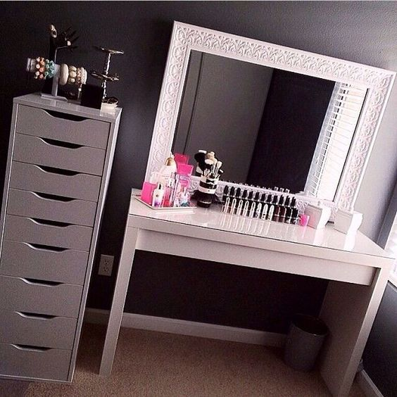 IKEA Malm table and Alex drawers. Cute vanity.