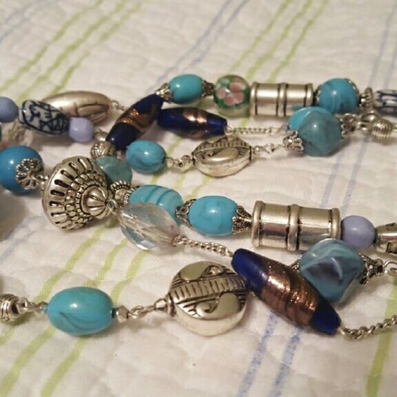 Multi strand mixed bead necklace in blue Cute blue bead set with earrings. Mixed media. Avon Jewelry Necklaces